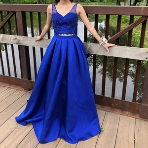 Dresses & Skirts - two-piece ballgown